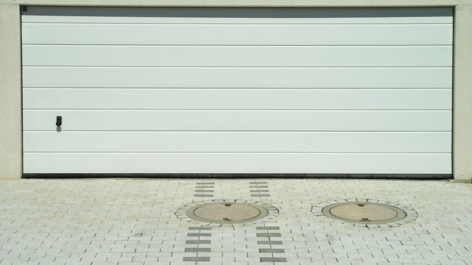 Jour porte de garage sectionnelle