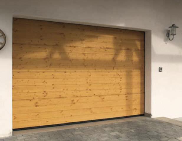 Porte de garage en bois automatique