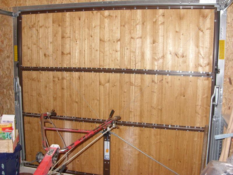 isoler une porte de garage en bois bois eco. Black Bedroom Furniture Sets. Home Design Ideas