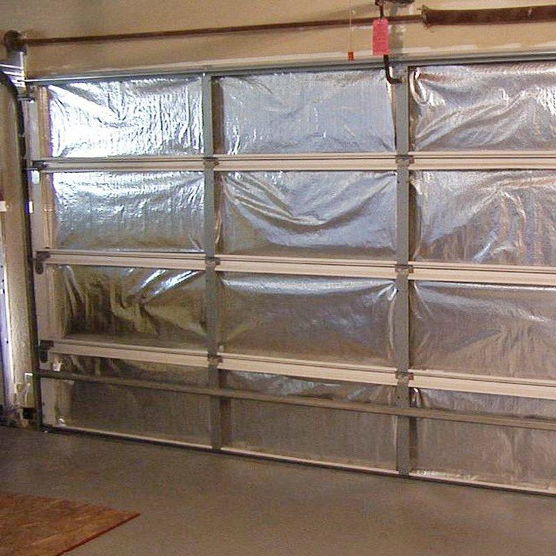 Comment calfeutrer une porte de garage