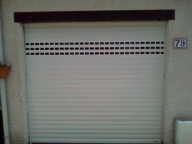 Porte de garage enroulable en acier