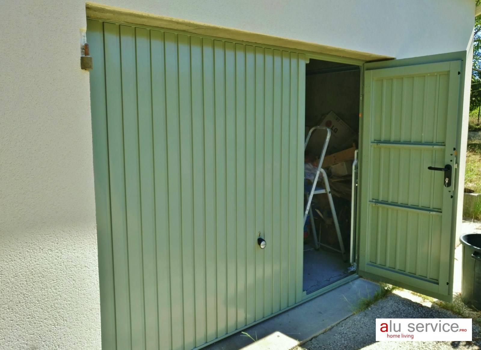 Porte de garage basculante hormann avec portillon