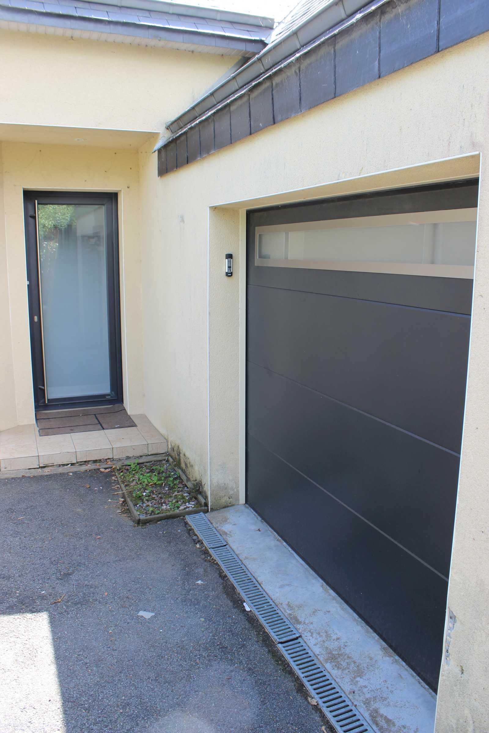 Porte de garage vitale