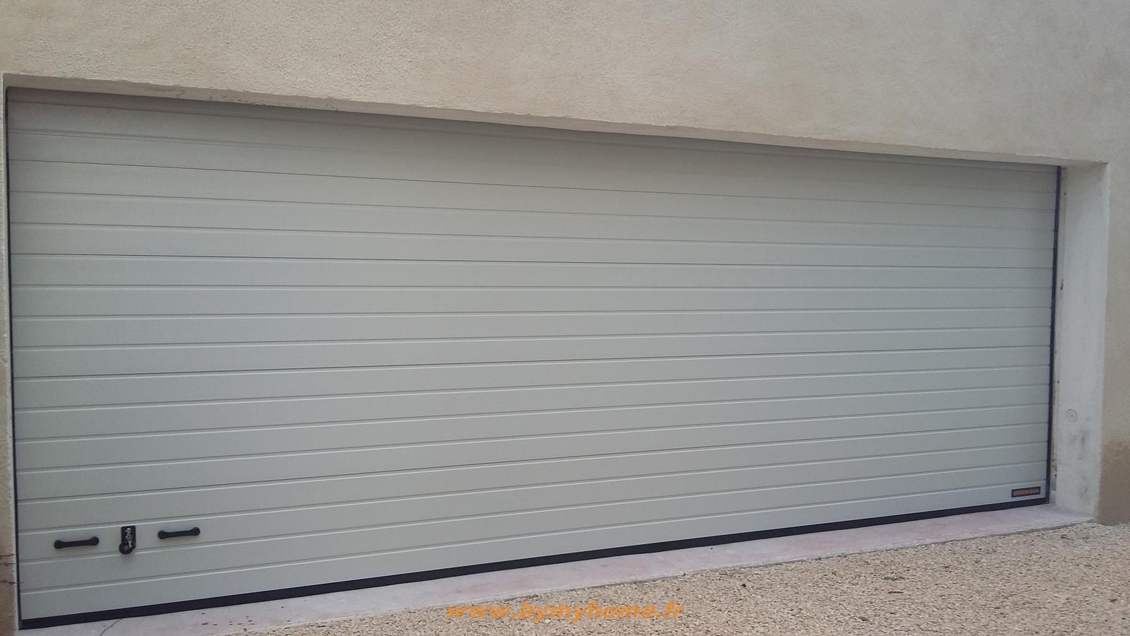 Porte de garage sectionnelle motorisé
