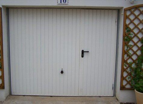 Pose porte de garage sectionnelle wayne dalton