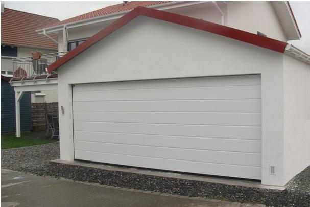 Porte de garage pente