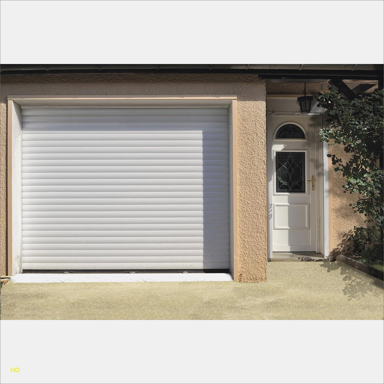 Porte de garage sectionnelle ou à enroulement