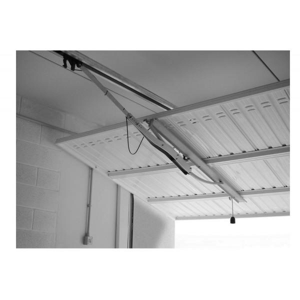 Comment motoriser une porte de garage basculante debordante