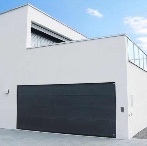 Porte de garage sectionnelle en anglais