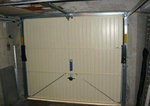 moteur porte de garage sectionnelle sommer bois eco. Black Bedroom Furniture Sets. Home Design Ideas