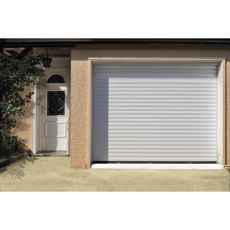 Porte de garage a enroulement electrique sur mesure bois - Porte garage electrique ...