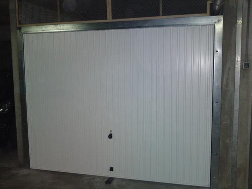 R parer une porte de garage basculante bois eco - Reparer une porte en bois ...