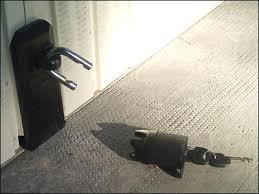 Comment securiser porte de garage basculante