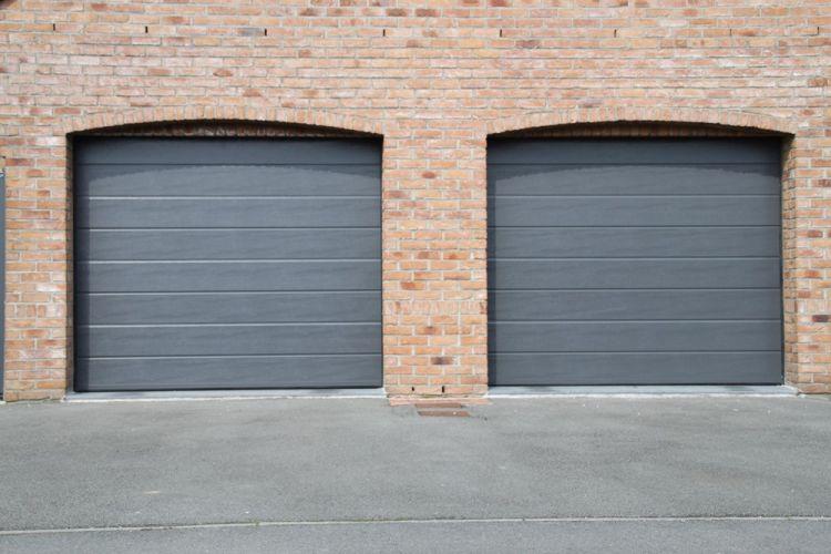 Porte de garage sectionnelle nord