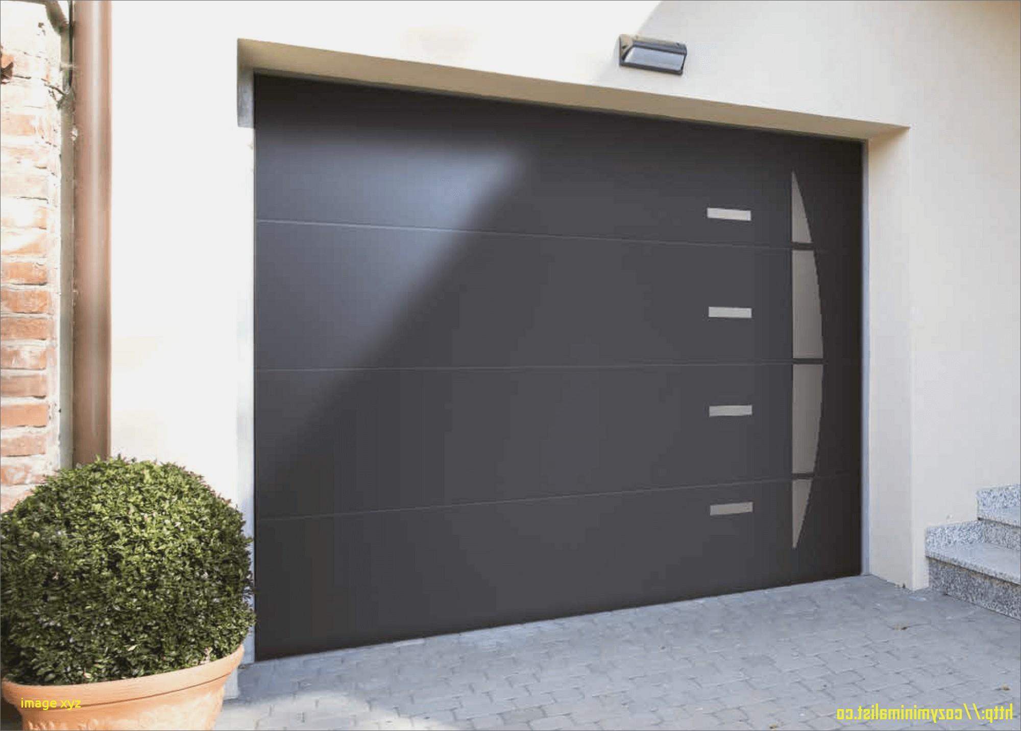 Porte de garage motorisée standard