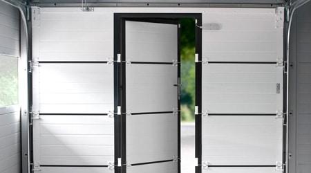 Porte de garage 3m avec portillon