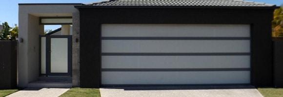 Photo porte sectionnelle de garage