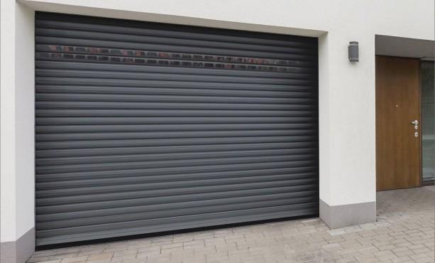 Porte de garage sectionnelle motorisée futurol