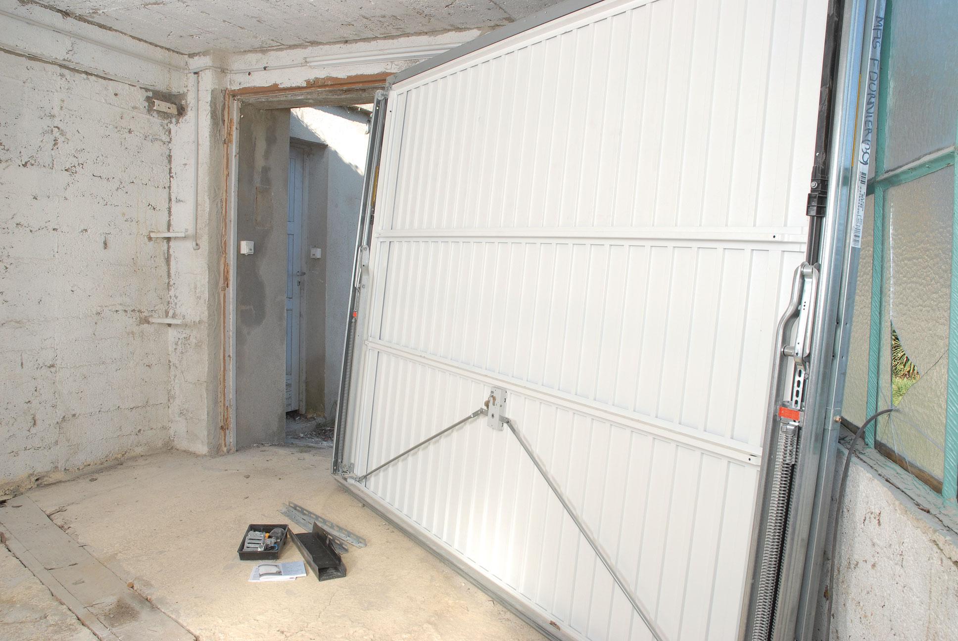 Accessoire de porte de garage basculante bois eco - Accessoire porte de garage ...