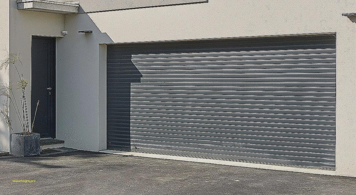 Porte de garage sectionnelle sainthimat - bois-eco-concept.fr